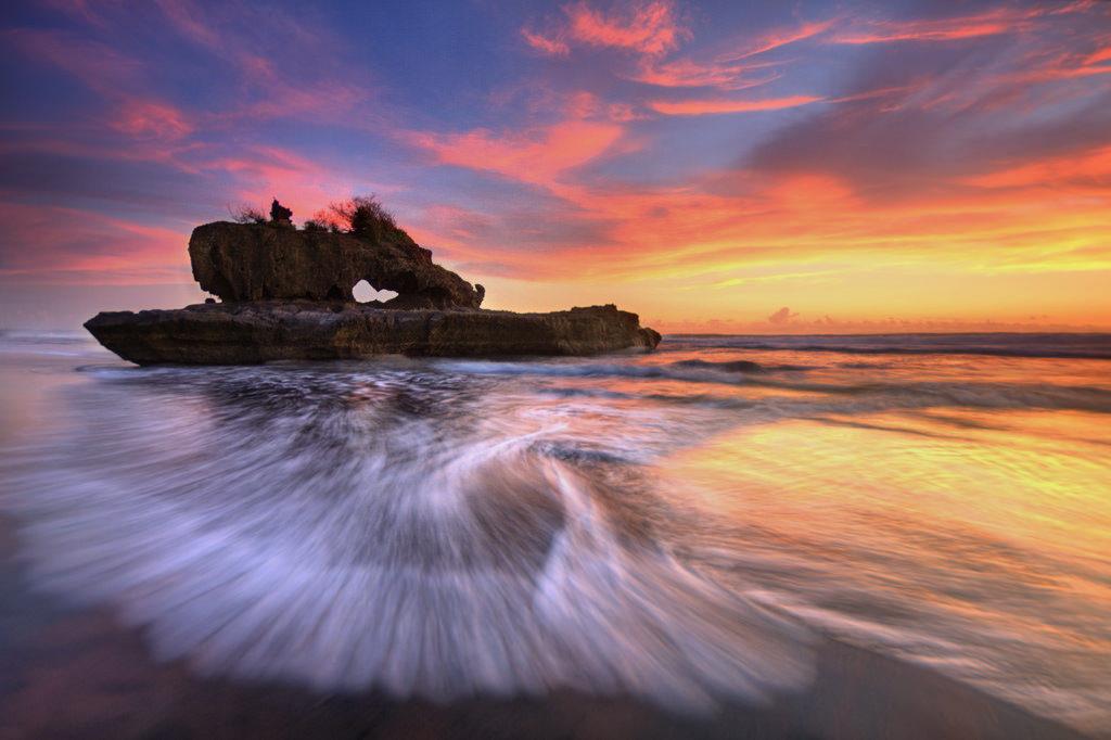 Pantai Yeh Gangga Tabanan 2 1024x682 » Pantai Yeh Gangga Tabanan, Pantai dengan Suasana Religius Tempat Pelaksanaan Upacara Melasti