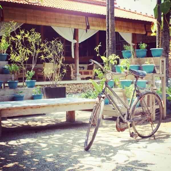 Paon Beach Club Tanjung Benoa 1 » Paon Beach Club Tanjung Benoa, Restoran dengan Suasana Romantis dan Desain Arsitektur Khas Jawa