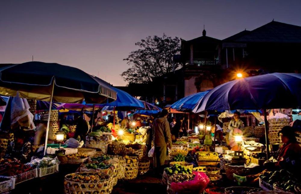 Pasar Malam Gianyar 1 » Pasar Malam Gianyar, Lokasi Tepat untuk Berburu Kuliner Tradisional Khas Bali