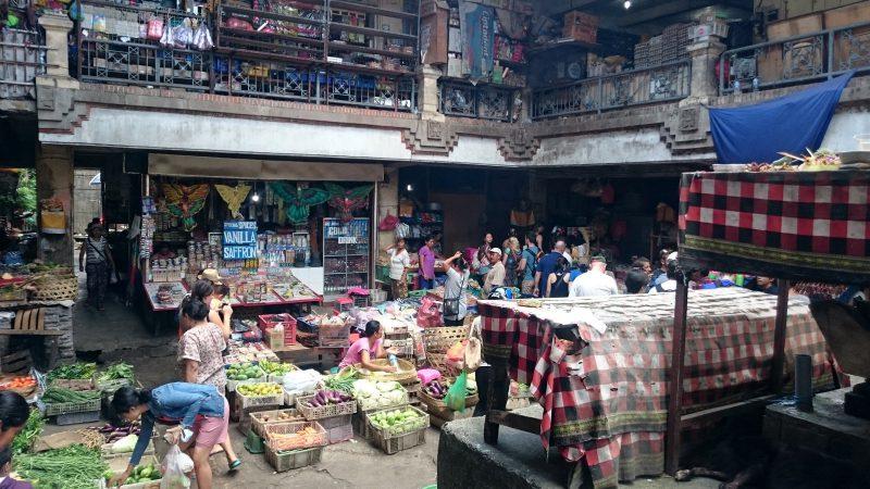 Pasar Tradisional Ubud 1 » Pasar Tradisional Ubud, Tempat Asyik Berburu Oleh-Oleh Suvenir Khas Bali