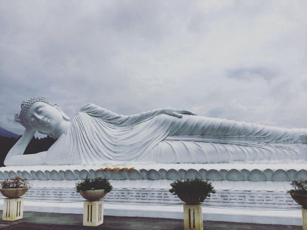 Patung Budha Tidur Vihara Dharma Giri 2 1024x768 » Menyaksikan Kemegahan Patung Budha Tidur Vihara Dharma Giri di Tabanan