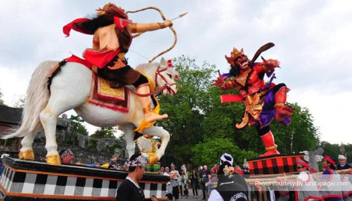 Pawai Ogoh ogoh Bali 2 » Pawai Ogoh-Ogoh Bali, Atraksi Budaya yang Penuh Kreativitas dan Nilai Religi