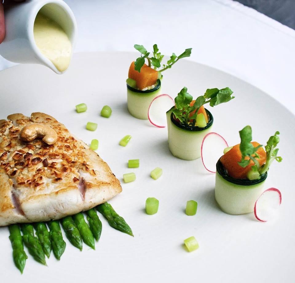 Pearl Restaurant Legian 1 » Pearl Restaurant Legian, Pilihan Tempat Makan dengan Suasana Romantis di Tepi Pantai
