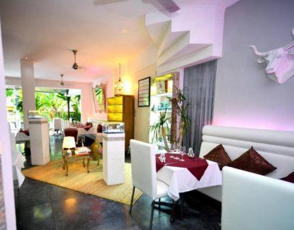 Pearl Restaurant Legian
