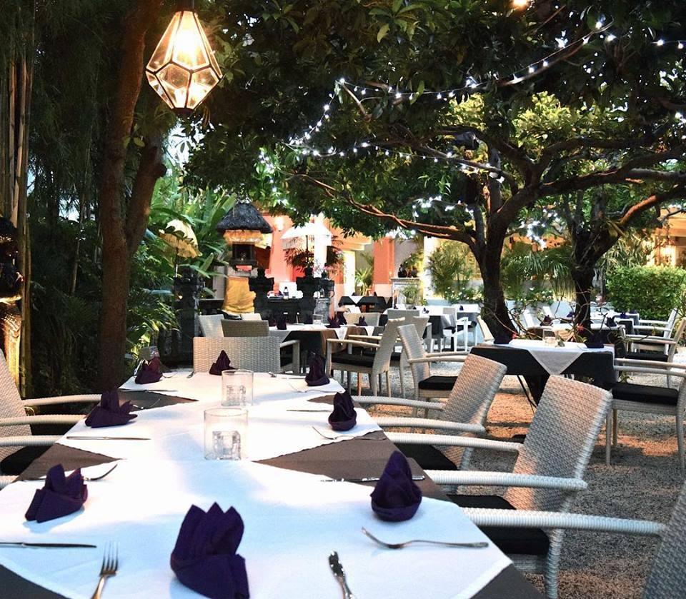 Pearl Restaurant Legian 3 » Pearl Restaurant Legian, Pilihan Tempat Makan dengan Suasana Romantis di Tepi Pantai