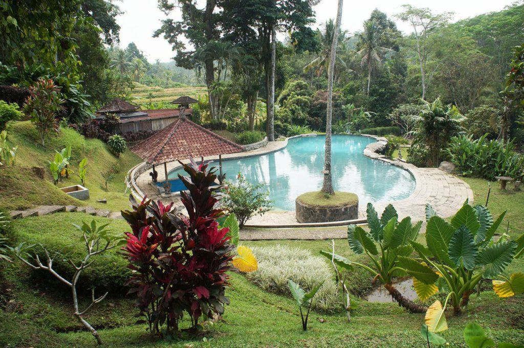 Pemandian Air Panas Penatahan 2 1024x681 » Pemandian Air Panas Penatahan, Pilihan Berendam di Air Hangat Bernuansa Alami di Bali