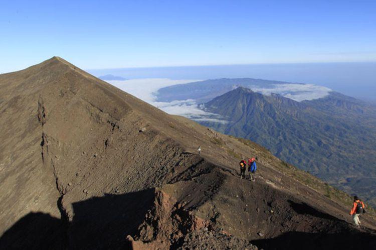 Pendakian Gunung Agung 2 » Pendakian Gunung Agung, Pilihan Aktivitas Penuh Petualangan di Tempat Suci Puncak Para Dewa