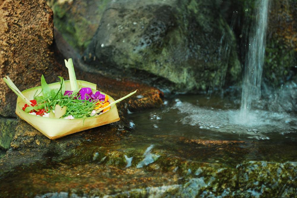 Perayaan Hari Raya Galungan 1 » Perayaan Hari Raya Galungan, Mengulik Sisi Religius Warga Hindu Bali