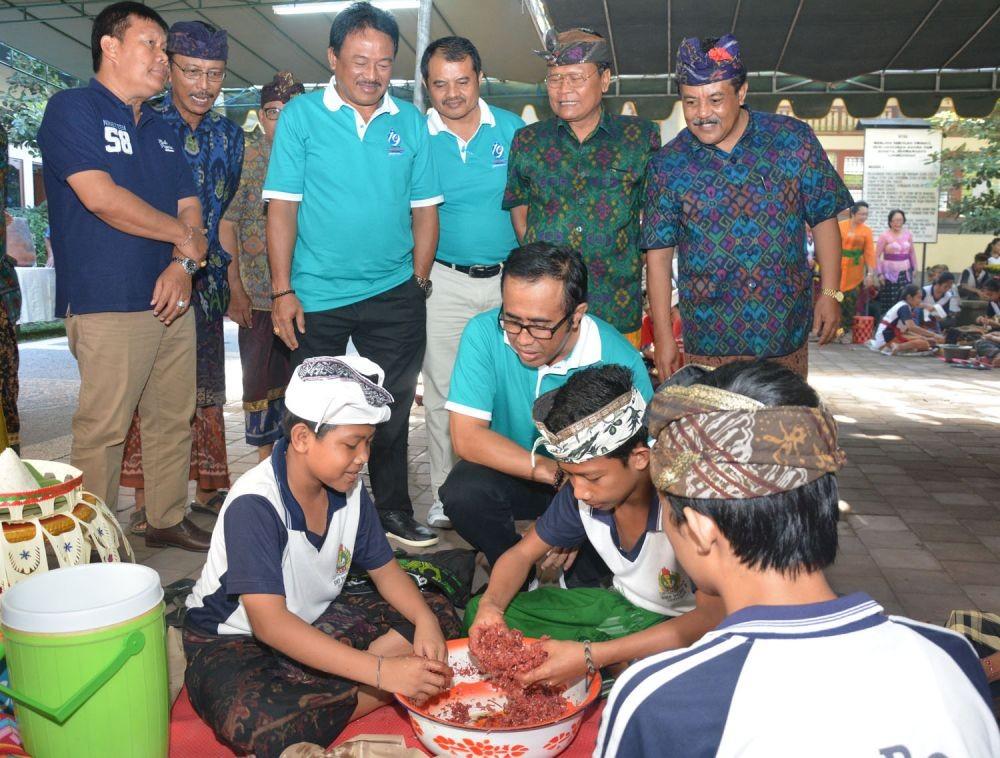 Perayaan Kuningan dan Galungan di Bali 1 » Jenis Makanan Khas yang Wajib Hadir Dalam Perayaan Kuningan dan Galungan di Bali