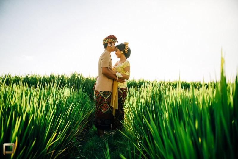Persiapan Menikah di Bali 3 » Persiapan Menikah di Bali? Ini Daftar Pengeluaran yang Harus Anda Sediakan!