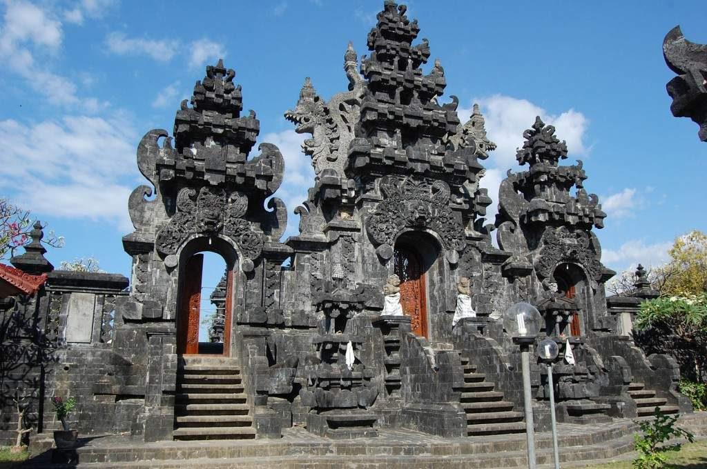 Pura Dalem Jagaraga Singaraja 2 1024x680 » Pura Dalem Jagaraga Singaraja, Pura Unik dengan Relief Kehidupan Rakyat Bali di Zaman Kolonial