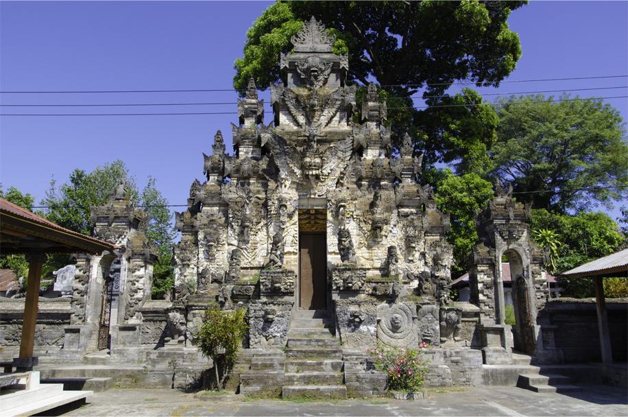 Pura Dalem Jagaraga Singaraja 3 » Pura Dalem Jagaraga Singaraja, Pura Unik dengan Relief Kehidupan Rakyat Bali di Zaman Kolonial