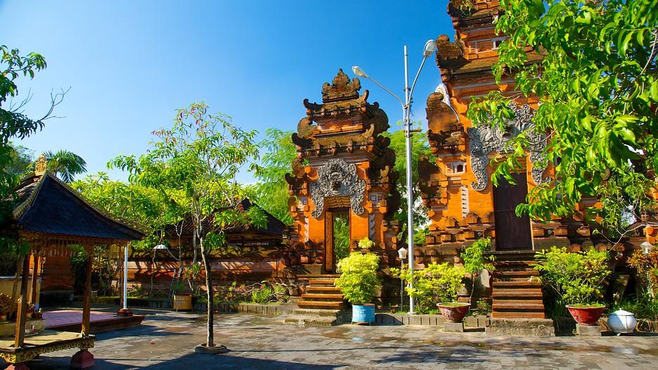 Pura Petitenget » Pantai Seminyak Bali, Ada Apa Saja Sih di Sana?
