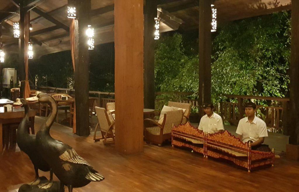 Puri Bambu Hotel Jimbaran 3 1024x657 » Puri Bambu Hotel Jimbaran yang Menawarkan Penginapan Unik Berdesain Tradisional yang Dekat Pantai