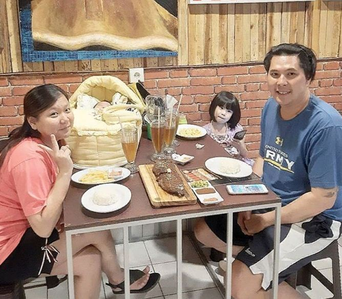 Raja Pork Ribs Denpasar 3 » Ingin Makan Iga Bakar Enak dan Gratis di Bali? Ke Raja Pork Ribs Denpasar Saja!