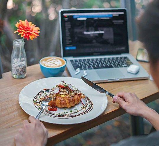 Recolta Cafe Bali 3 » Recolta Cafe Bali, Tempat Bersantai Nyaman dengan Panorama Hutan Bakau Cantik