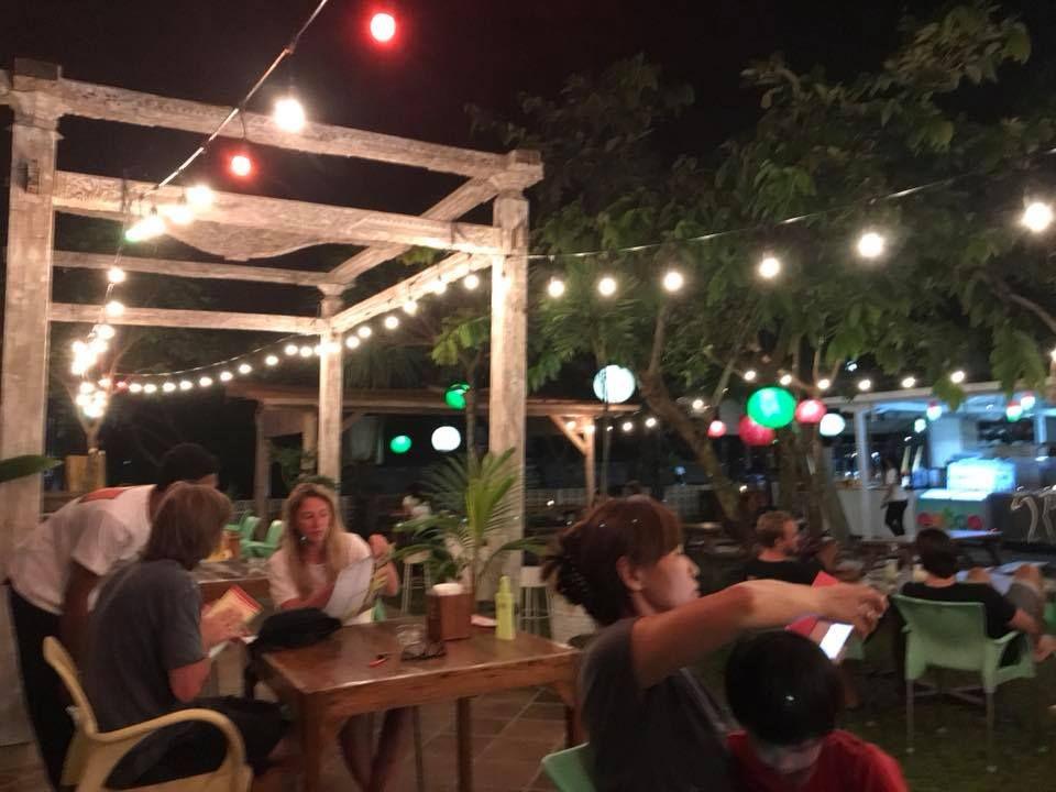 Resto Garden Canggu by Pizza House