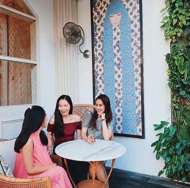 Restoran Batik Bali 4 » Restoran Batik Bali, Tempat Makan dengan Suasana Bertema Batik yang Unik