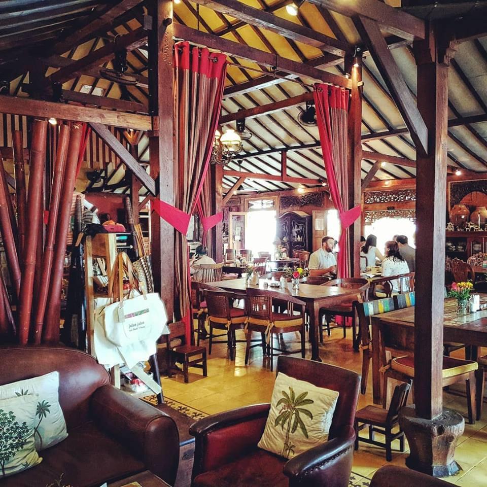 Restoran Biku Bali 5 1 » Restoran Biku Bali, Tempat Makan Bernuansa Klasik Milik Artis Happy Salma