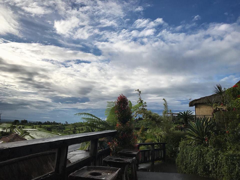 Restoran Gong Jatiluwih 1 » Restoran Gong Jatiluwih dengan Suasana Alami dan Panorama Tiga Gunung