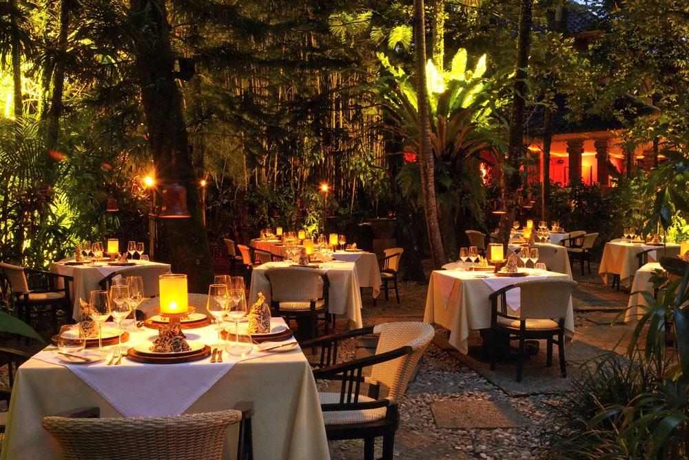 Restoran Michelin Star di Bali 1 » Ingin Makan Enak saat Liburan? Yuk, Kunjungi 5 Restoran Michelin Star di Bali Ini!