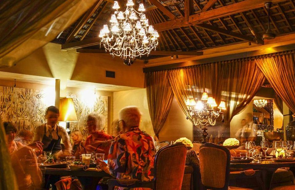 Restoran Sarong Bali, Kesempatan Mencicipi Menu Lezat di Tempat Makan Terbaik Asia