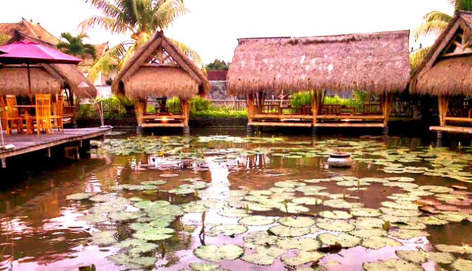 Restoran Segara Bambu Denpasar, Tempat Makan dengan Suasana yang Romantis dan Nyaman