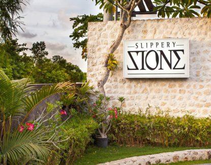 Restoran Slippery Stone Seminyak