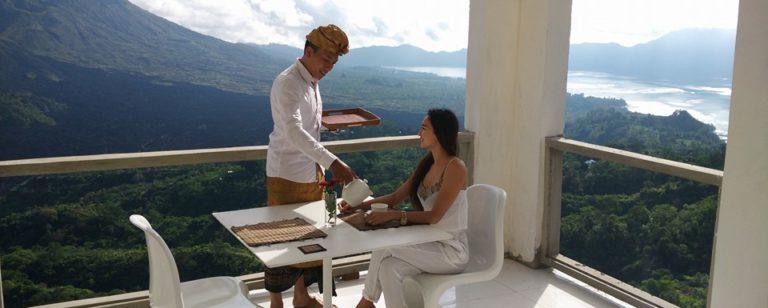 Restoran The Amora Bali Kintamani 4 768x308 » Restoran The Amora Bali Kintamani, Tempat Bersantap Makan Romantis dengan Suguhan Gunung Batur