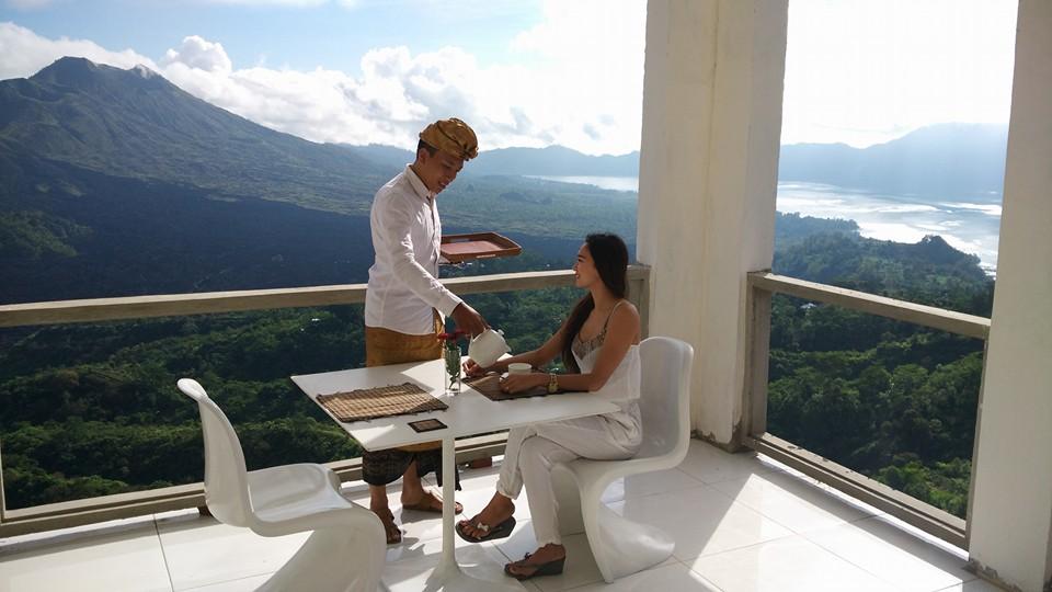 Restoran The Amora Bali Kintamani, Tempat Bersantap Makan Romantis dengan Suguhan Gunung Batur