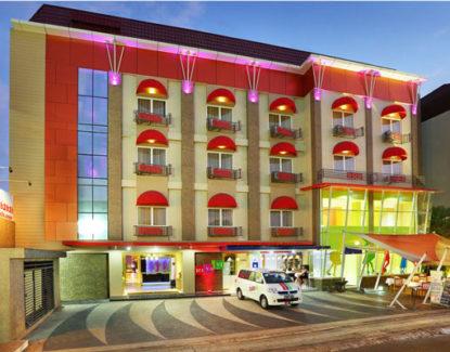 Rivavi Kuta Beach Hotel