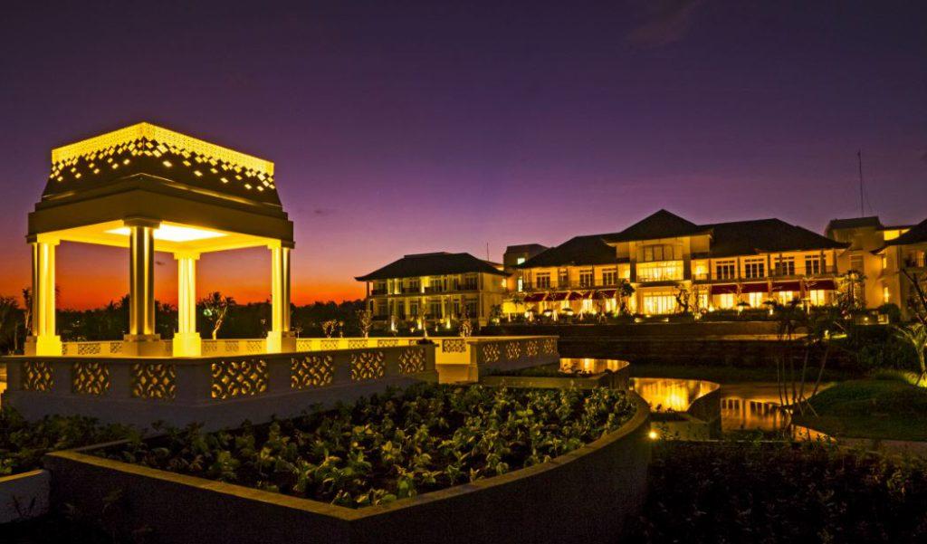 Rumah Luwih Beach Resort 2 1024x601 » Rumah Luwih Beach Resort, Menikmati Suasana Romantis di Restoran Tepi Pantai