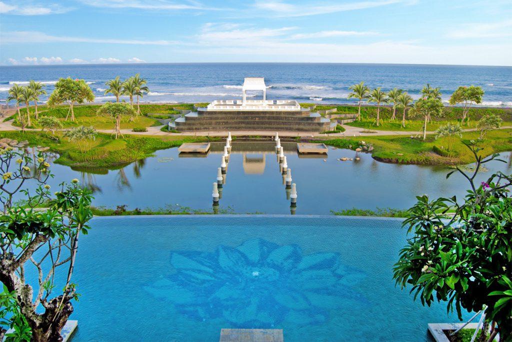 Rumah Luwih Beach Resort 3 1024x685 » Rumah Luwih Beach Resort, Menikmati Suasana Romantis di Restoran Tepi Pantai