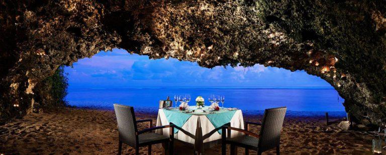 Samabe Cave Dinner Bali