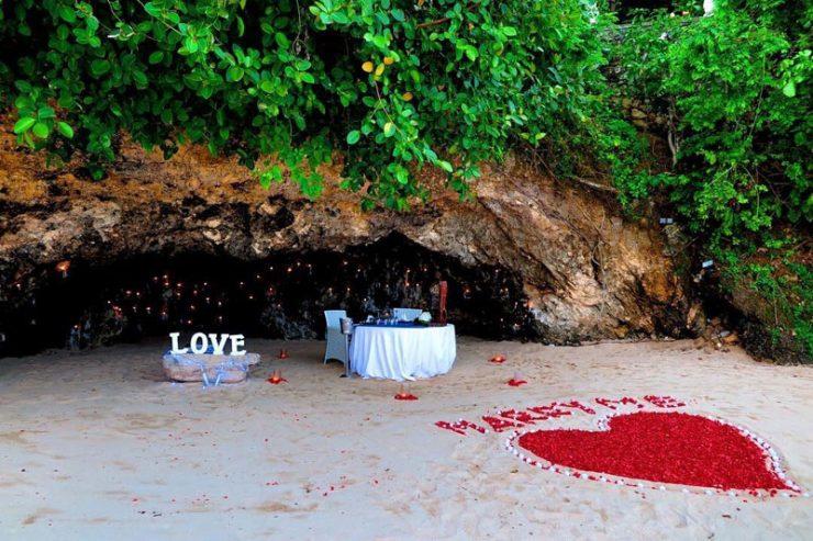 Samabe Cave Dinner Bali 2 » Samabe Cave Dinner Bali, Pengalaman Makan Malam Romantis di Gua Tepi Pantai