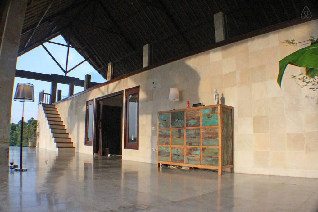 Sanglung Villa Singaraja 2 1024x683 » Sanglung Villa Singaraja, Pilihan Tempat Menginap Praktis untuk Liburan Keluarga