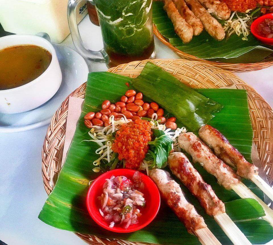Sate Lilit Enak dan Halal di Bali