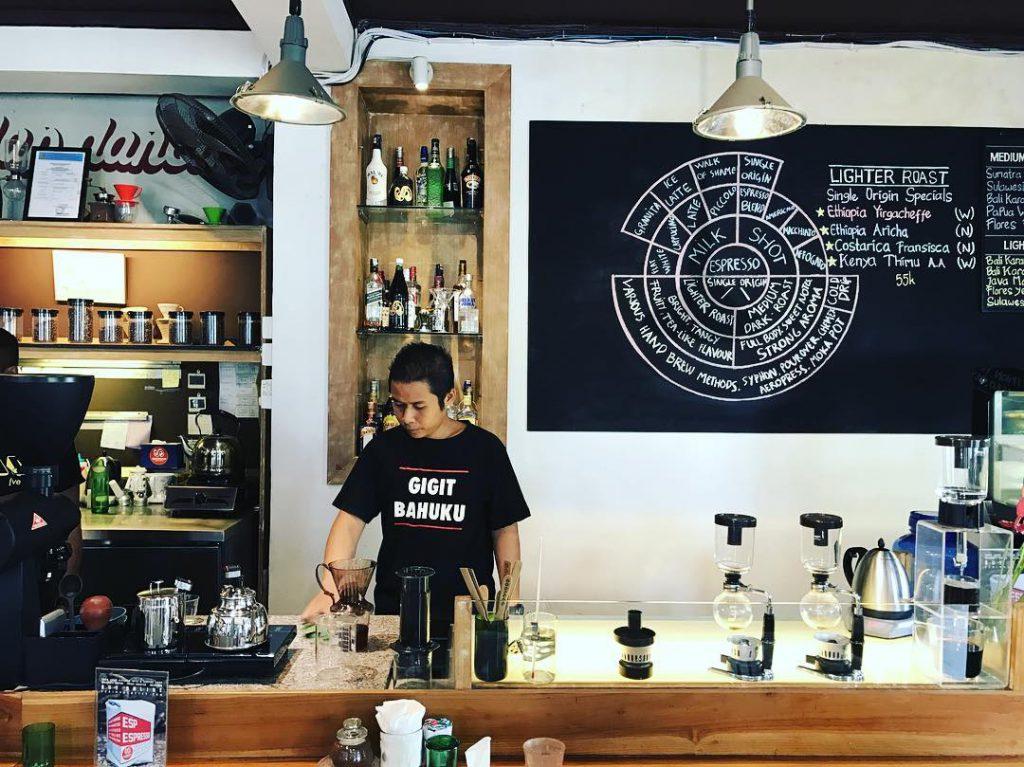 Seniman Coffee Studio 1 1024x767 » Seniman Coffee Studio, Kedai Kopi dengan Desain Ruangan Berseni Tinggi di Ubud