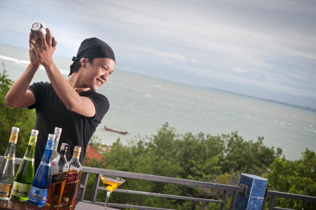 Sulis Beach Hotel Kuta 3 1024x680 » Sulis Beach Hotel Kuta, Penginapan Tepi Pantai Murah yang Cocok untuk Liburan Keluarga