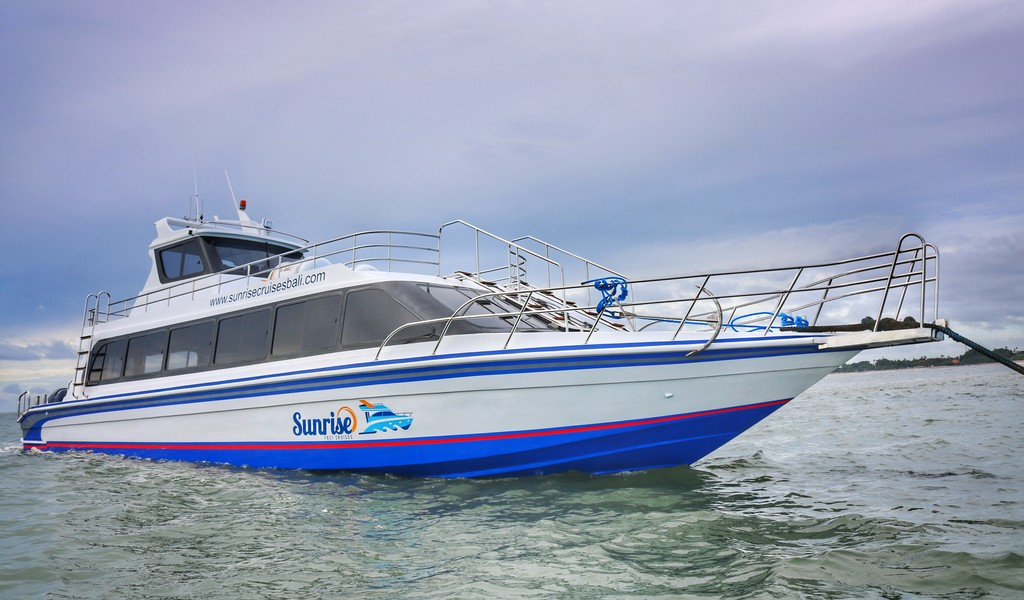 Sunrise Fast Cruises Bali Pilihan Transportasi Cepat dari Sanur ke Lembongan