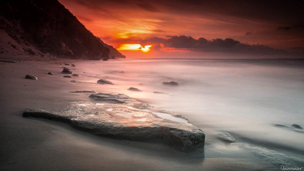Sunrise di Pantai Pandawa Bali 1024x576 » Pantai Pandawa Bali, Secret Beach yang kini Tak Lagi Rahasia