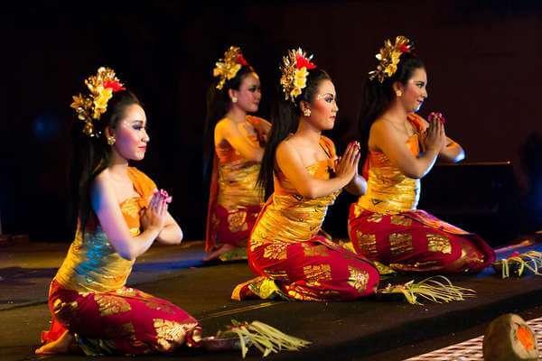 Tari Pendet, Tarian Tradisional Tertua dari Bali