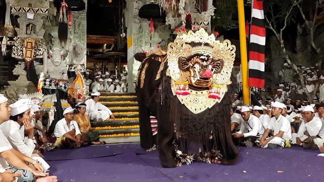 Tari barong Bali 2 » Mengenal Jenis-Jenis Tari Barong Bali Warisan Leluhur