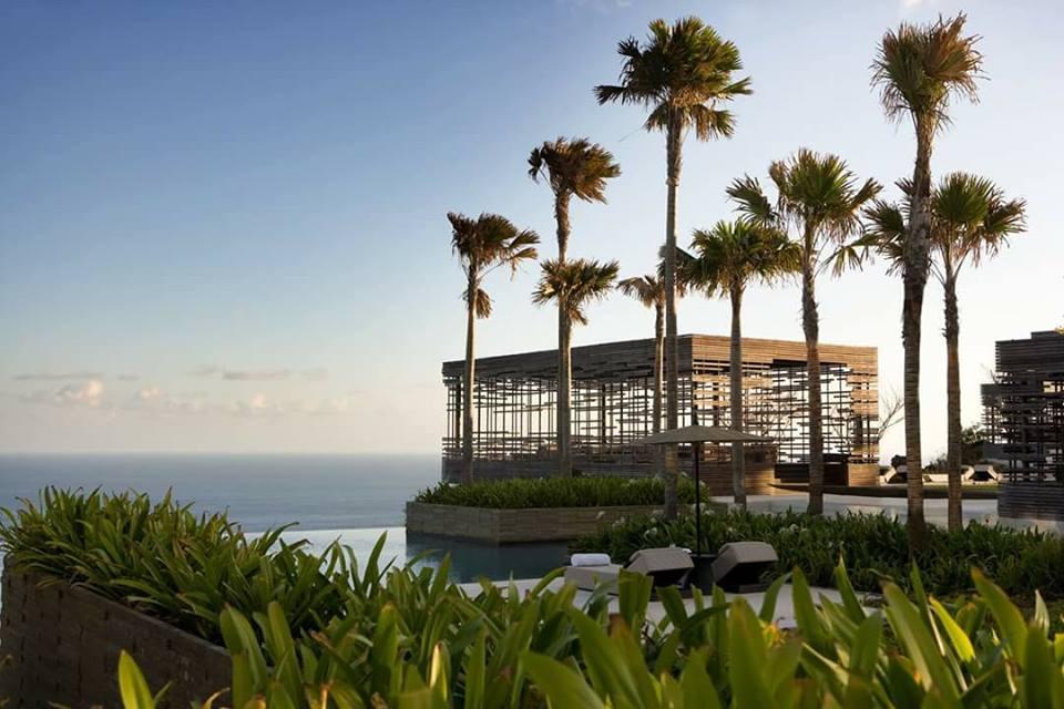 The Cliff-Edge Cabana Hotel Alila Uluwatu