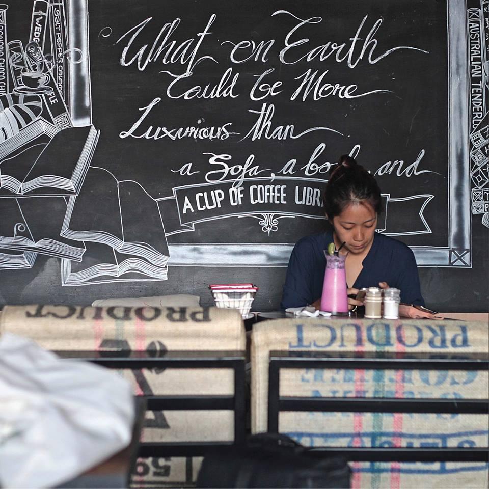 The Coffee Library Seminyak 4 » The Coffee Library Seminyak, Kafe dengan Suasana Nyaman dan Instagramable Banget
