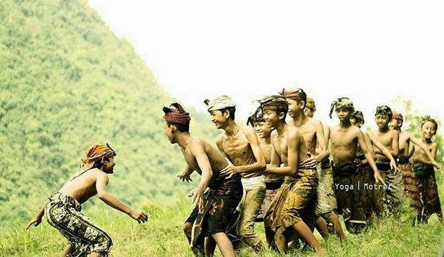 Tradisi Megoak goakan Buleleng 1 » Tradisi Megoak-goakan Buleleng, Permainan Tradisional Unik dari Bali yang Seru
