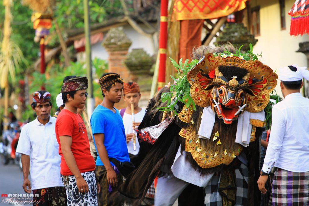 Tradisi Ngelawang Bali 1 1024x682 » Uniknya Tradisi Ngelawang Bali, Tradisi Mengusir Roh Jahat dan Tolak Balak