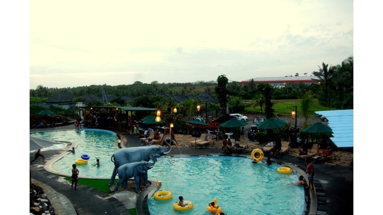Umadhatu Waterpark Tabanan, Pilihan Wisata Keluarga Murah Meriah di Bali