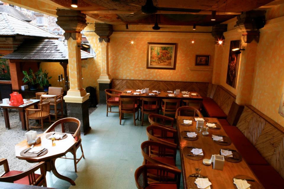 Un's Restaurant Kuta 6 » Un's Restaurant Kuta, Tempat Berburu Kuliner Enak dengan Desain Interior yang Nyaman