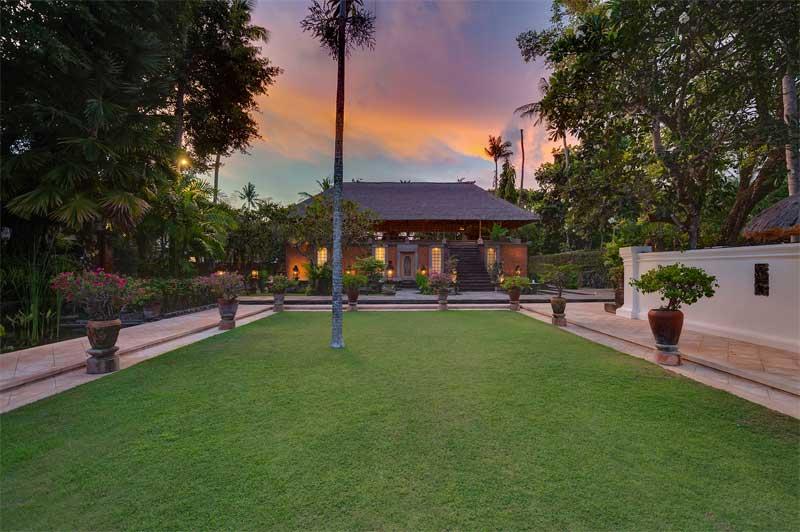 Villa Batu Jimbar Sanur 3 » Villa Batu Jimbar Sanur, Penginapan Mewah dan Legendaris yang Menjadi Favorit Artis Mancanegara